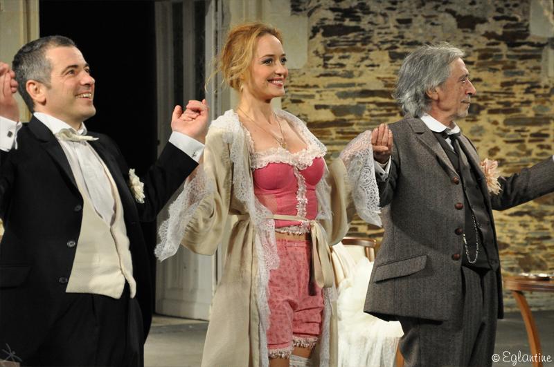 Hélène de Fougerolles a joué dans Occupe-toi d'Amélie, au Plessis-Macé, au festival d'Anjou 2013