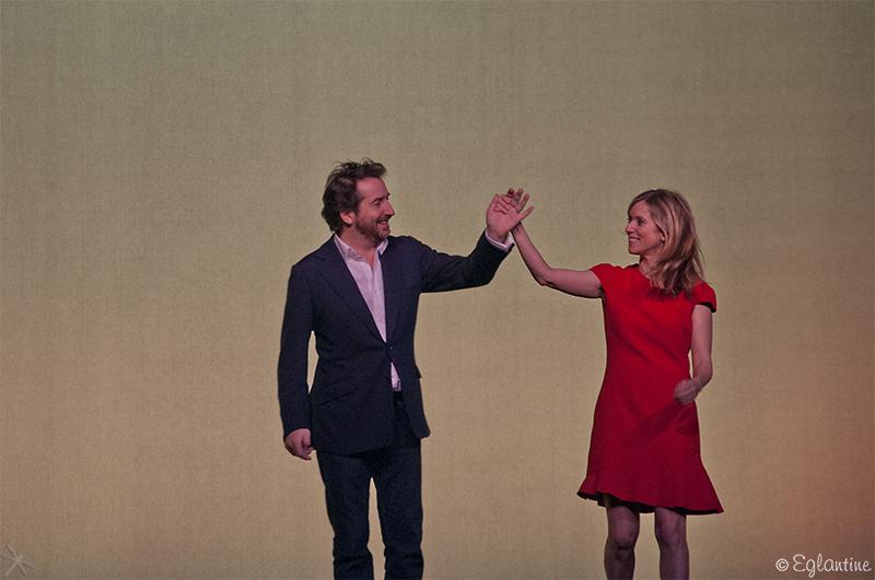Edouard Bear et Léa Drucker, dans la pièce « La porte à côté »